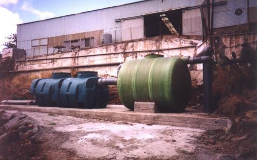Separador hidrocarburos con decantador previo